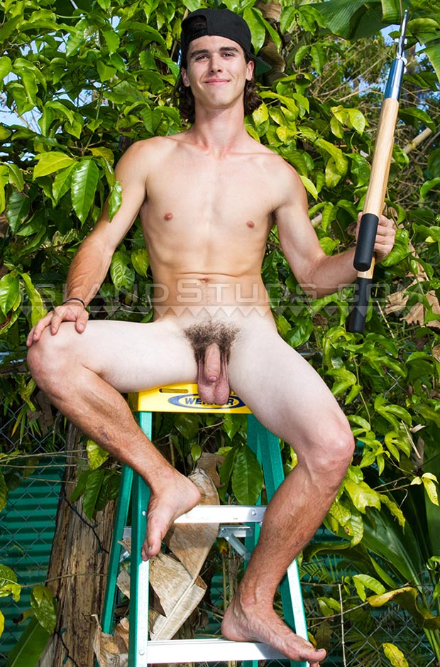 Lyle Well Hung 18 Year Old Naked Surfer